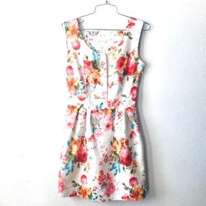 Gorgeous white floral print cocktail party dress